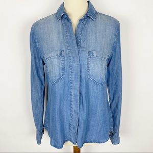 CLOTH & STONE Chambray Split Back Button Up Shirt